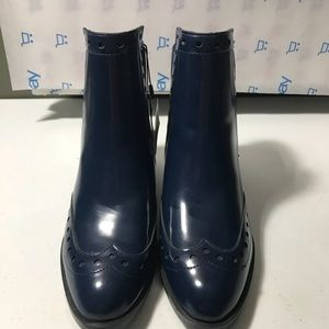 New Zara woman Navy Wingtip Ankle boot size 6